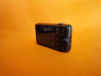 ソニーのデジタルカメラDSC-WX50を購入しました