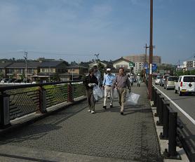 田上本町からは五名の参加者があり、上田上橋までを