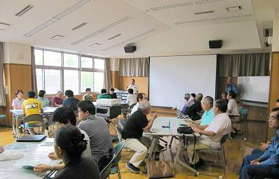 上田会長から開会の挨拶と次は各町会ごとにとお願い