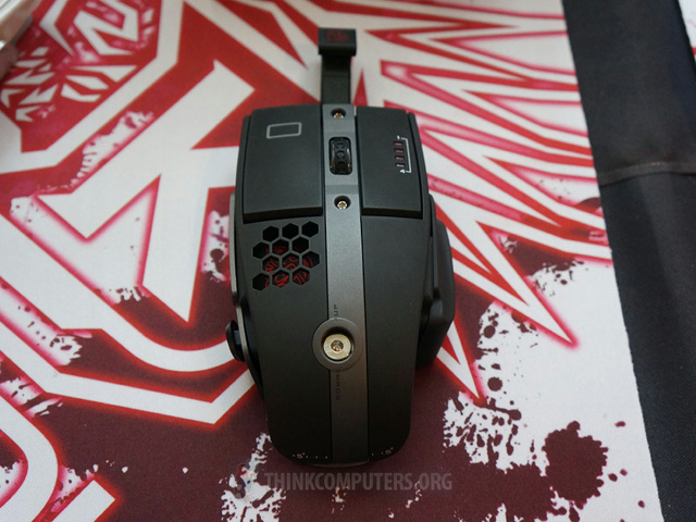 Wireless_Gaming_Mouse_02.jpg