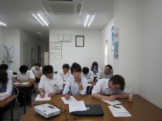 営業研修会2012春_03