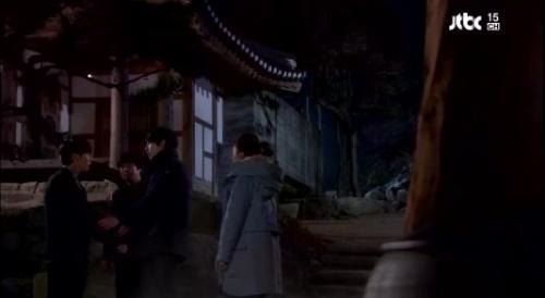tやめろ!しつこいぞ 「いやだね!離せよカンサンと結婚するんだ」泥酔しクダをまくヘジュン